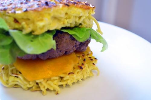 ramen burger1